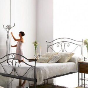 cama forja romántica